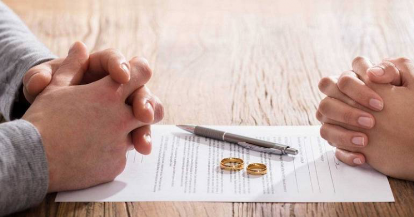 Woman files for divorce in UAE as husband can't afford wedding party after 2 years