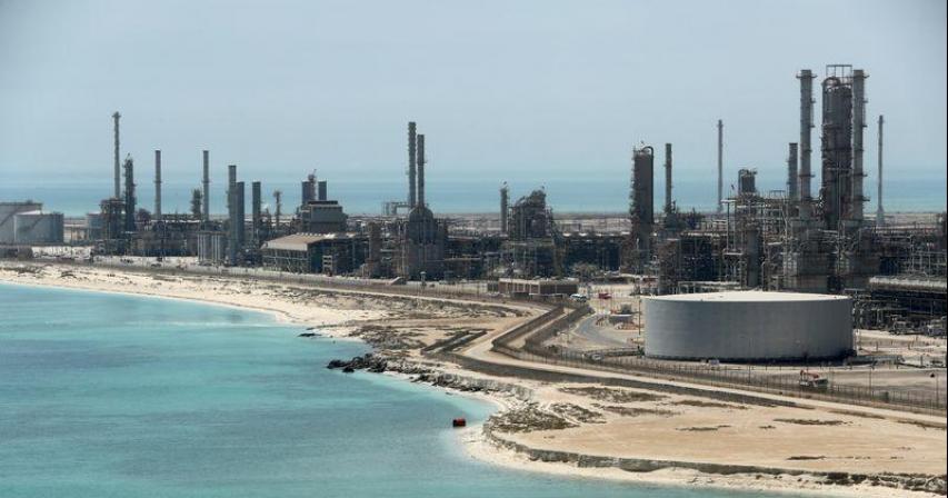Saudi raises April crude official prices to Asia