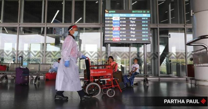 India - Delhi orders Covid tests at airports as cases surge