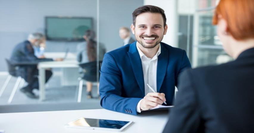 job interview attire in Qatar, job interview outfit, Qatar job interview attire