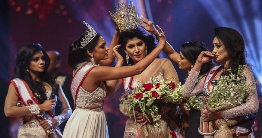 Mrs Sri Lanka beauty queen injured in on-stage bust-up