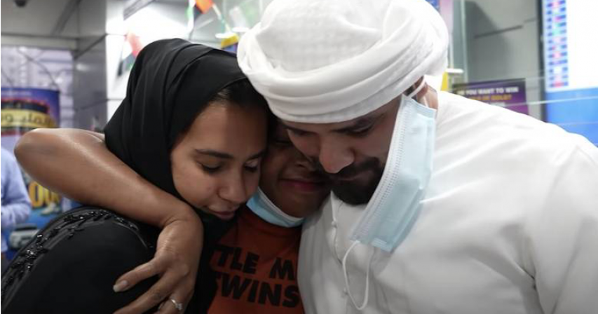 Video: Emirati funds, attends former maid's wedding in her home country