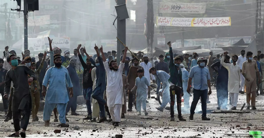 France advises citizens to leave Pakistan after anti-French protests