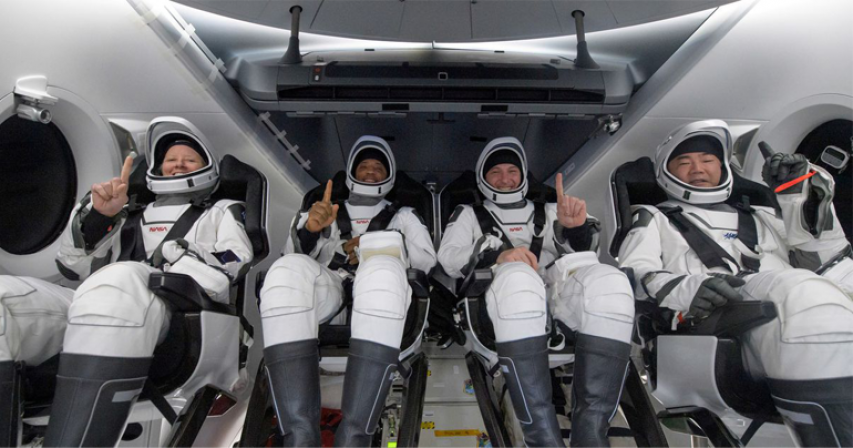 Four astronauts return from space station aboard SpaceX capsule