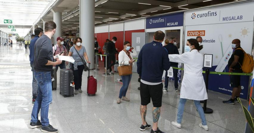 Back to the beach: Spain welcomes all vaccinated tourists from June 7