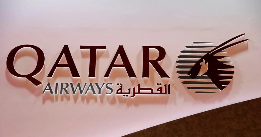 Qatar Airways halts A350 deliveries after jet surface problem