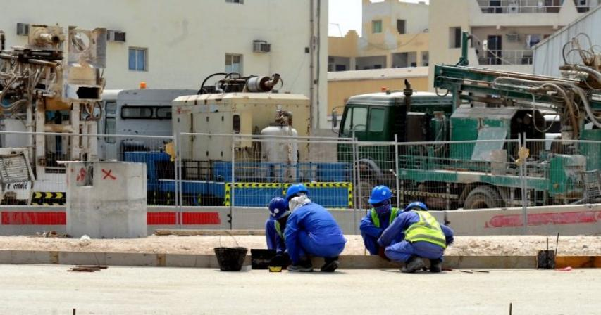 Action against 44 companies in Qatar for violating summer work timings