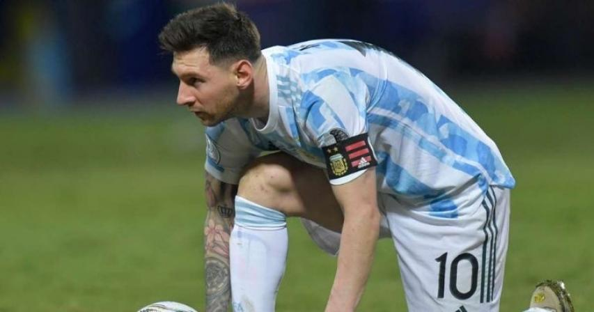 Messi-inspired Argentina beat Ecuador to set up Colombia semi-final