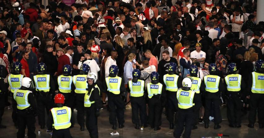London police says 19 officers injured around Euro 2020 final