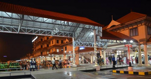 20 Passengers Evacuated at Kochi Airport After Man Tested COVID-19 Positive Found on Flight