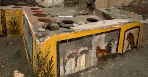 Pompeii: Ancient 'fast food' counter to open to the public