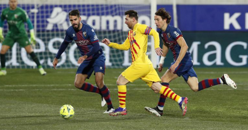 Barca earn narrow win over Huesca