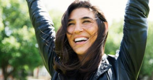 7 small things to practice every day to stay happy and positive always