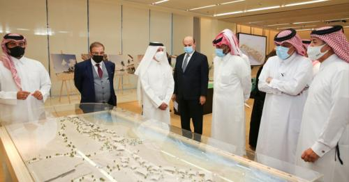 Investment opportunities to develop 3 resorts in Qatar offered in MoCI's meeting with investors