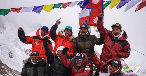 Nepali team first to top K2, world's 2nd tallest peak, in winter