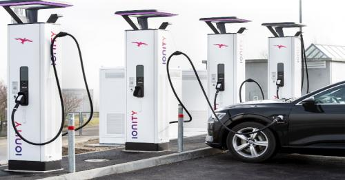 Electric cars - Rollout of charging points still too slow