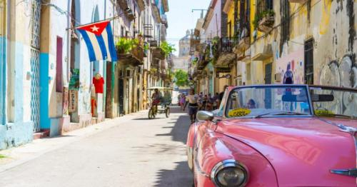 Cuba opens up its economy to private businesses