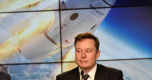 Elon Musk's SpaceX raises $850 million in fresh funding - CNBC
