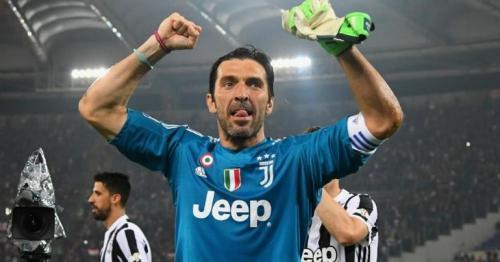 Juventus ,Buffon ,Soccer