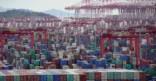 Global economy to stage vigorous recovery; jobs growth to lag