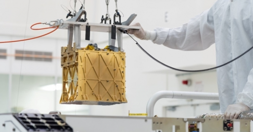 NASA extracts breathable oxygen from thin Martian air