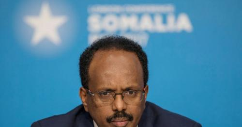 Bowing to pressure, Somalia's president agrees not to extend presidential term