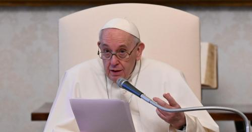 Pope Francis backs waivers on intellectual property rights for vaccines