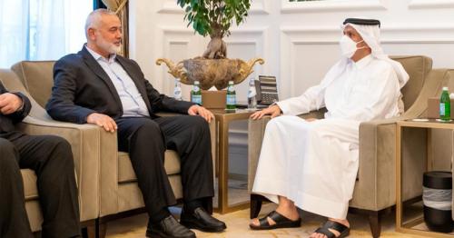 Qatar's foreign minister meets with head of Hamas' political bureau