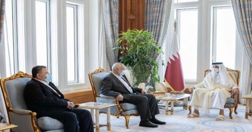 HH the Amir meets head of Hamas Political Bureau in Doha