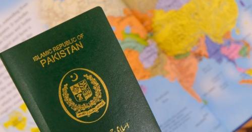 Kuwait lifts 11-year visa ban on Pakistan citizens