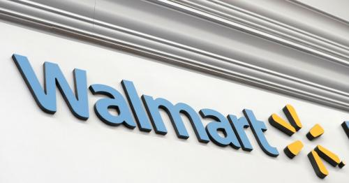 Walmart to give 740,000 U.S. store workers free Samsung phones
