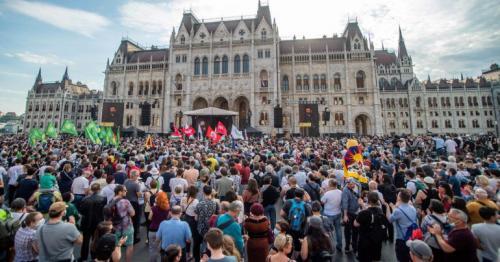 Budapest protest against China's Fudan University campus
