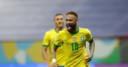 Neymar helps Brazil cruise to Copa win over Venezuela