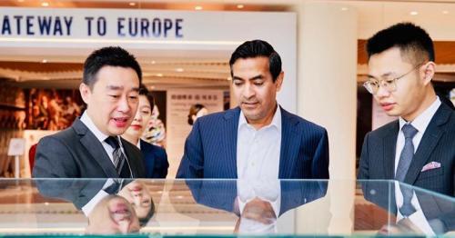 Governor of Chengdu Praises Qatar's 2022 World Cup Preparations