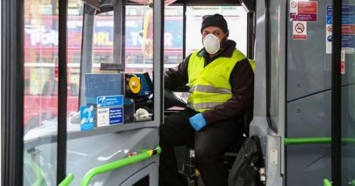 Dropping face mask rules is gross negligence, says Unite union