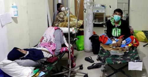 Indonesia Covid: Hospitals beyond capacity amid deadly wave