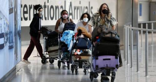 Covid: International travel changes for fully vaccinated people to be set out