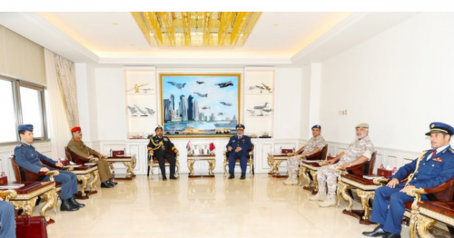 The Chief of Staff Meets Omani Counterpart