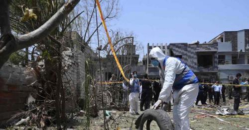 Pakistan bus blast kills 13, including nine Chinese -sources